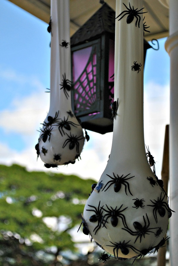 sweet sacks of spiders halloween dcor - Cheap Halloween Decorating Ideas