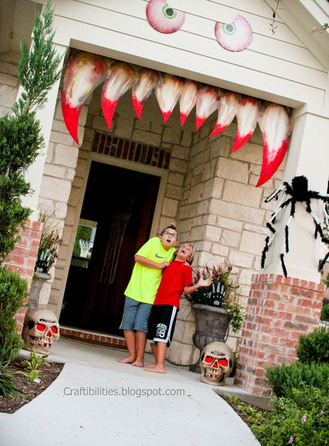 Spooky eyes and teeth for the house Halloween decoration