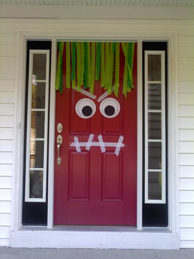 Halloween red door decor