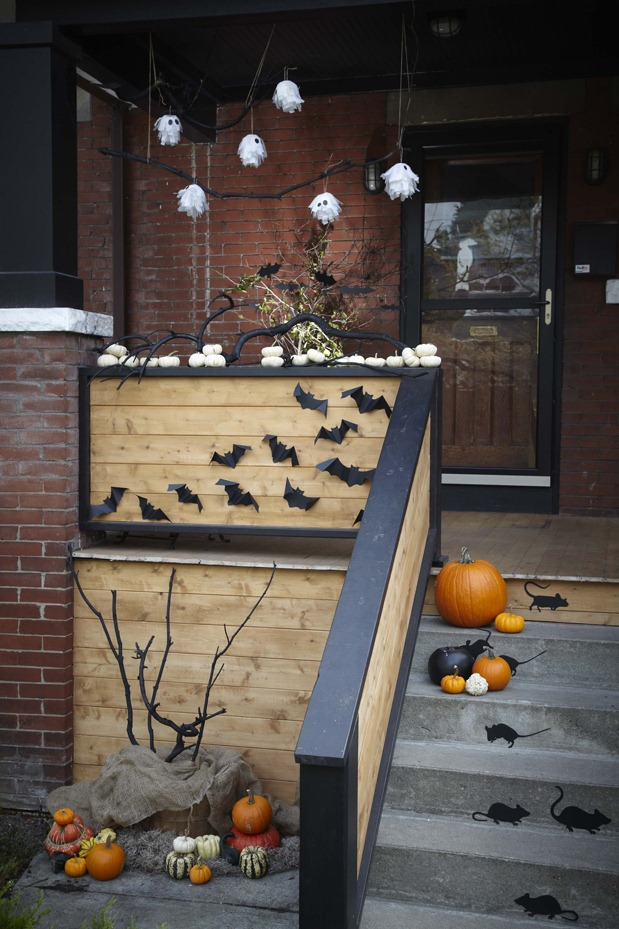 50 Best Halloween Door Decorations For 2019