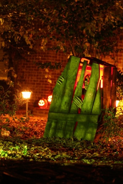 Halloween Coffin Decoration Ideas