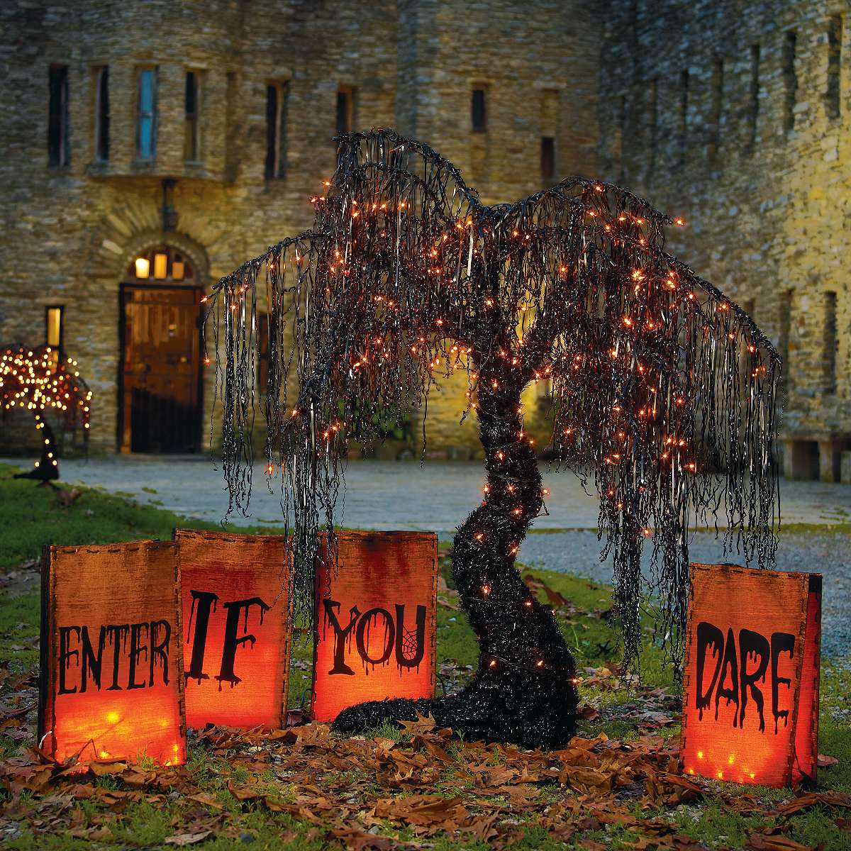 50 best diy halloween outdoor decorations for 2016 for Decorating outdoor trees