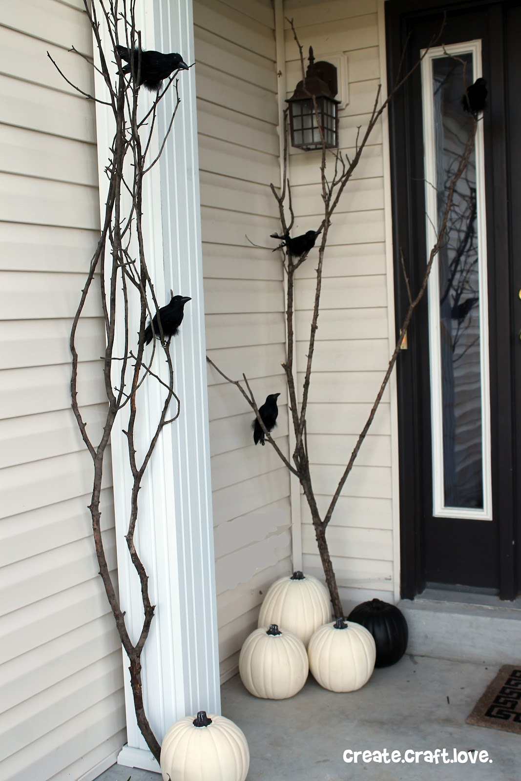 50 best diy halloween outdoor decorations for 2018 for Idee deco halloween