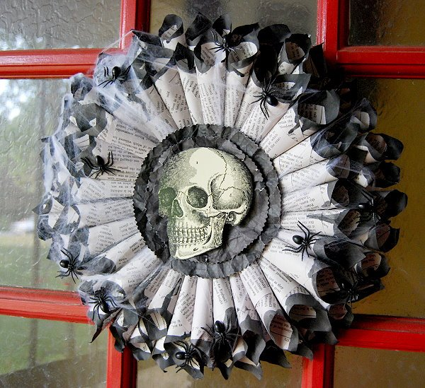 18 Spooky Halloween Decoration Ideas Designs For