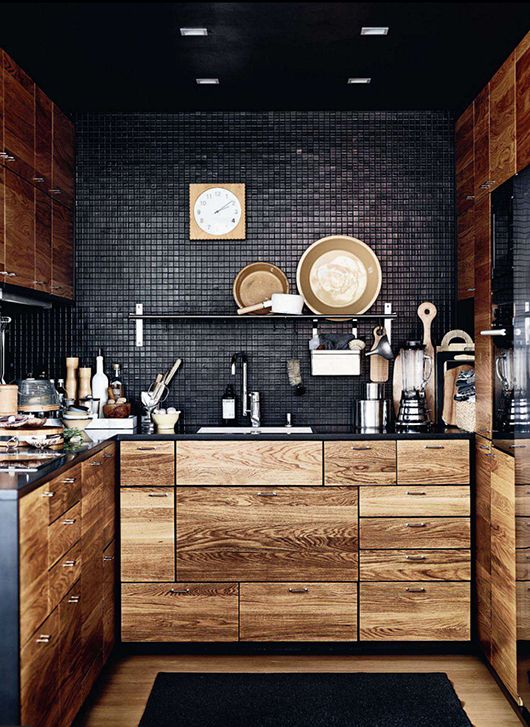 Black That Is Anything But Basic Kitchen Design Idea