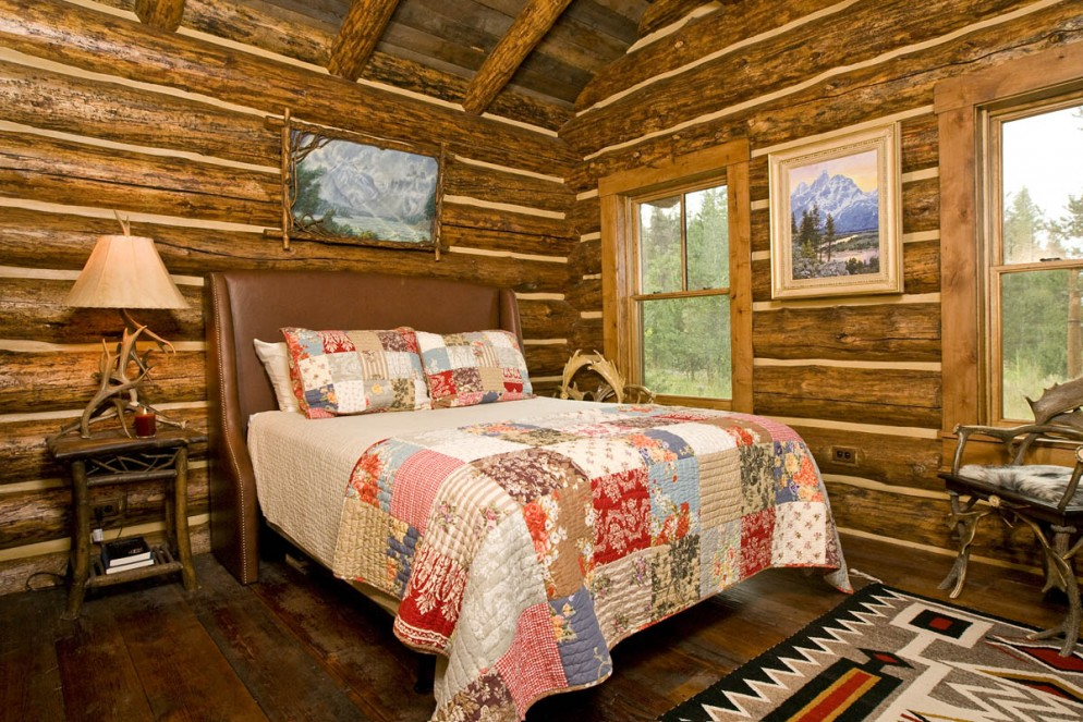 the rustic cabin - Cabin Bedroom Decorating Ideas