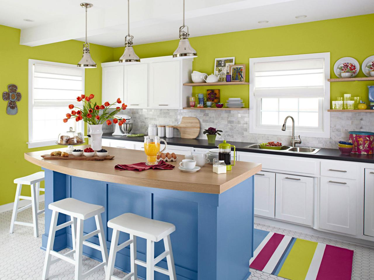 Perky and Playful Kitchen Island Idea