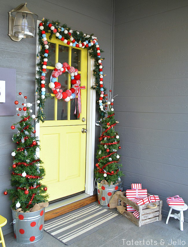 a candy coated dream - Front Door Christmas Decorations Ideas