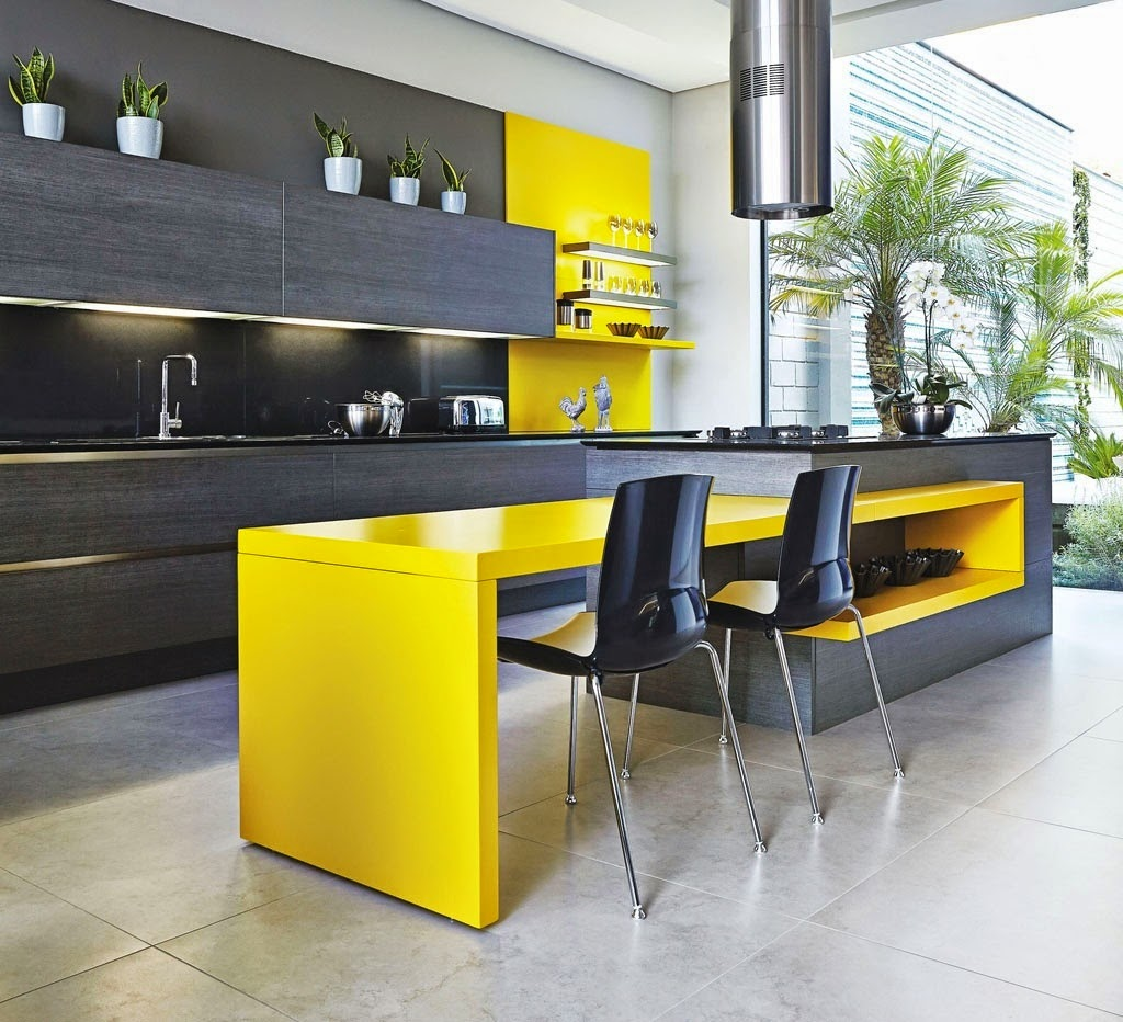 Streamlined and Fearless Kitchen Island