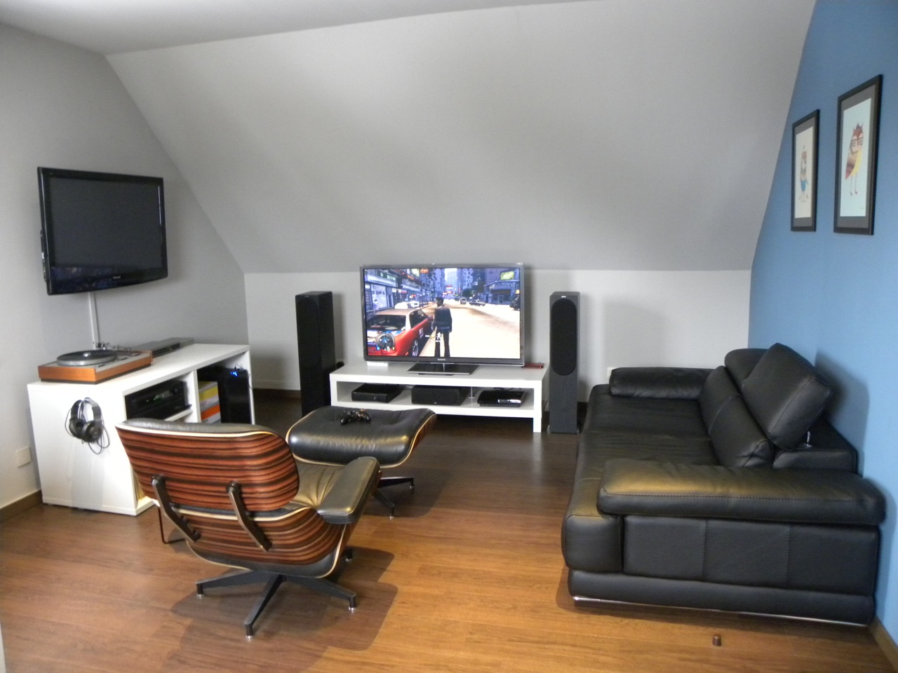 video gaming room furniture. clever use of dormer rooms video gaming room furniture