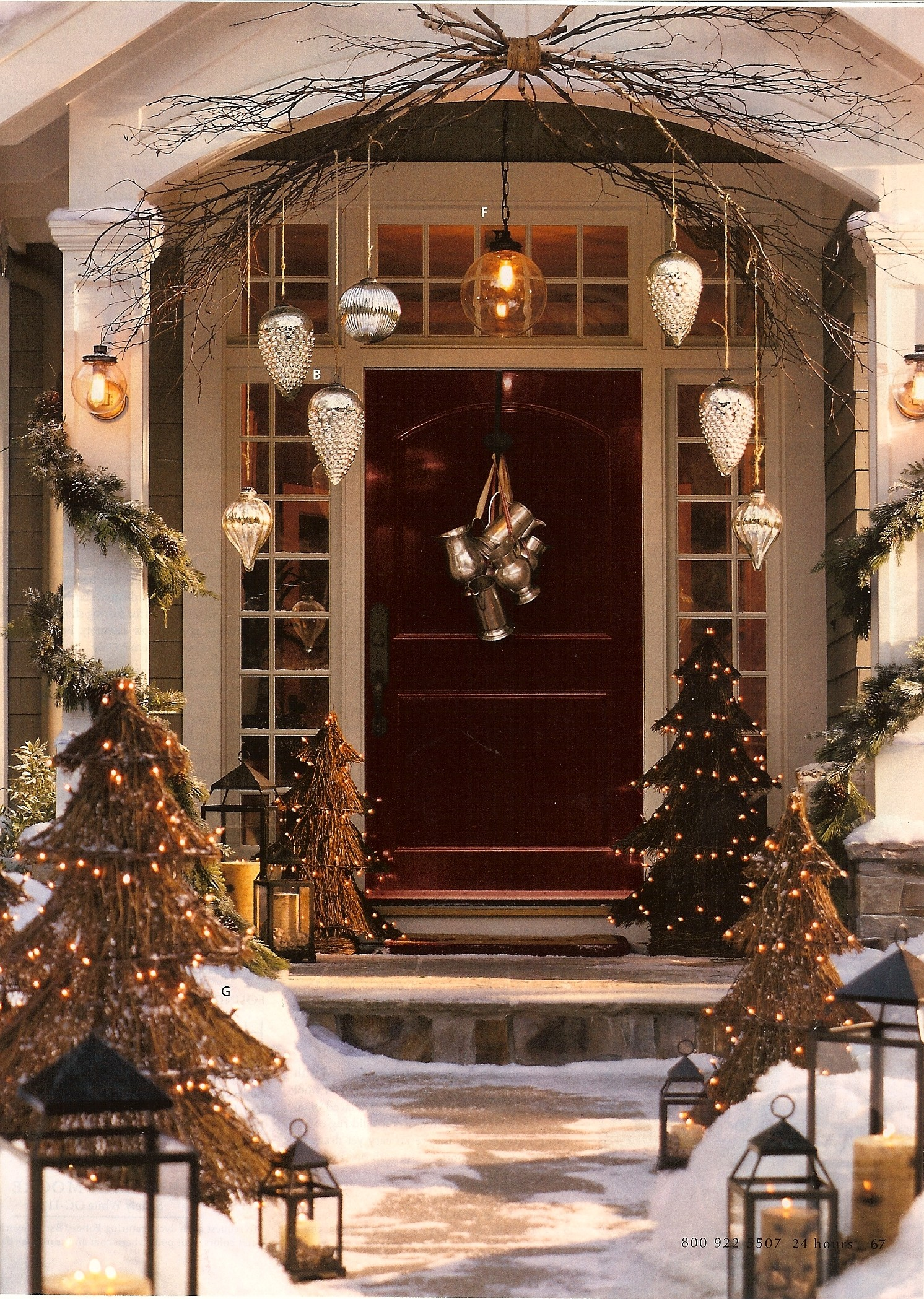 12 shimmery and chic metallics - Beautiful Christmas Door Decorations