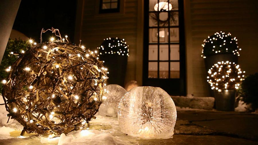 Child friendly halloween lighting inmyinterior outdoor Daksh Oh Starry Lights Christmas Outdoors Optampro 50 Best Outdoor Christmas Decorations For 2019