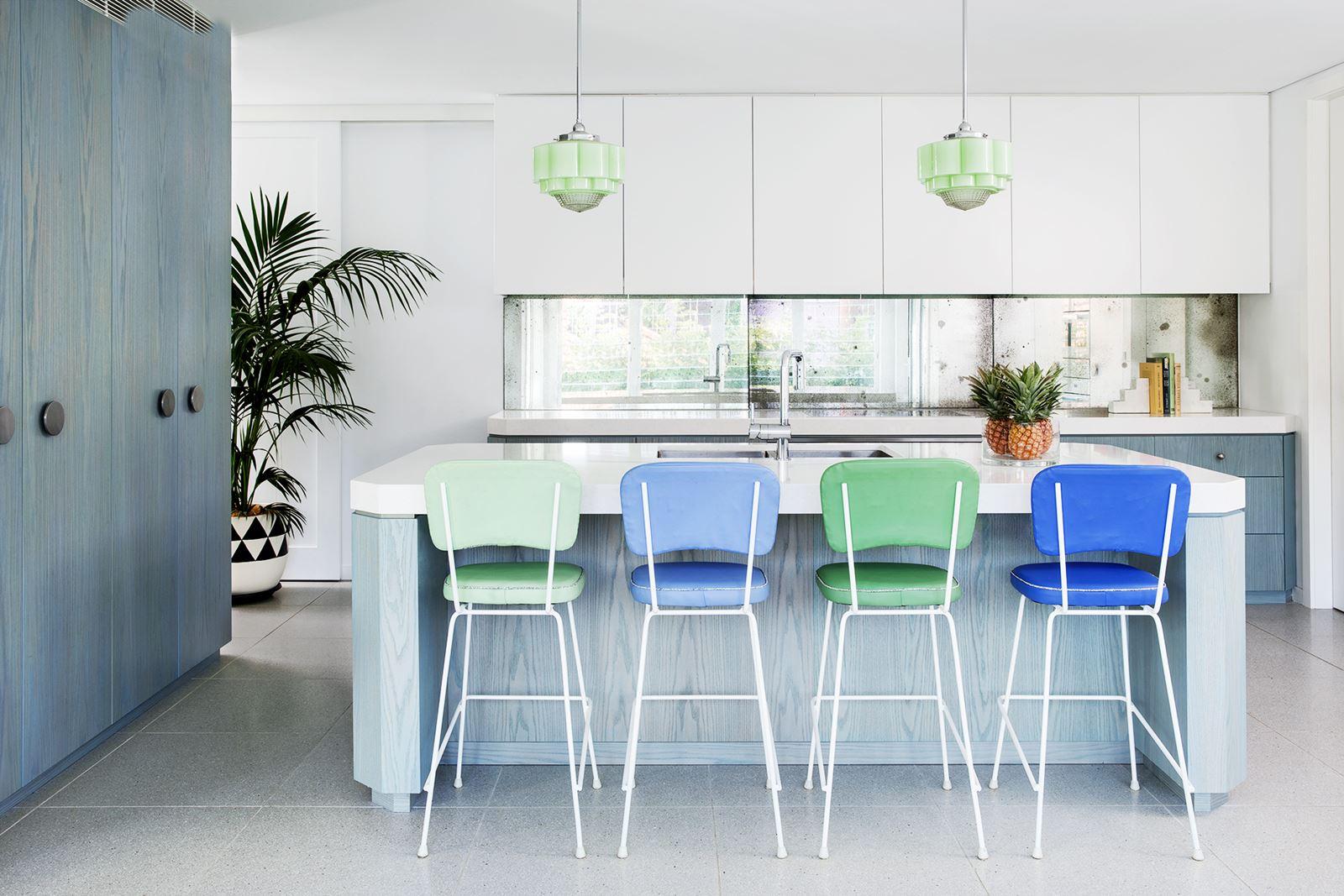 South Beach Flair Kitchen Island Decor — Homebnc