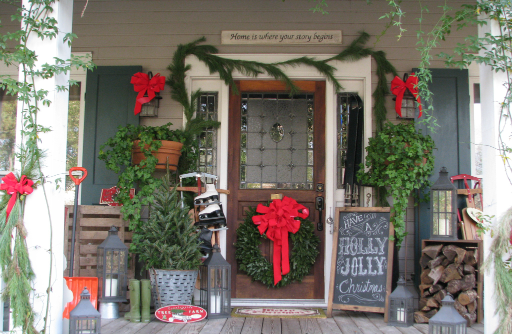 Spread The Christmas Cheer With A Festive Chalkboard