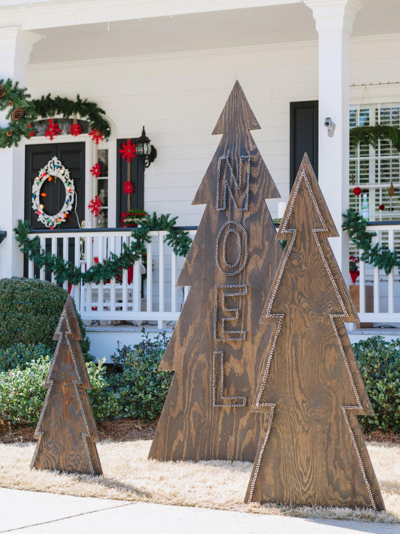 Outdoor christmas tree decorations -  Noel Wooden Christmas Trees Decoration Idea