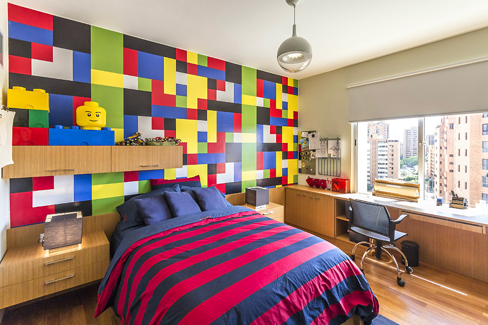 classic colors lego room design idea - Boys Room Lego Ideas
