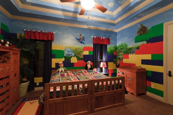 7 a hand painted mural can completely transform a small space - Boys Room Lego Ideas