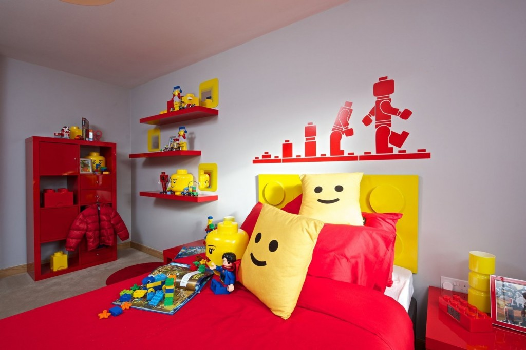 Kids room ideas 15 lego room decor style motivation for Decoration lego