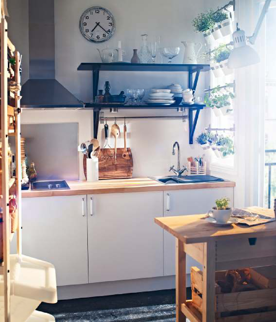 50 best small kitchen ideas and designs for 2018 for Small kitchen ideas