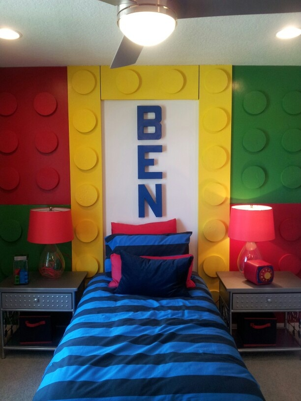 Sensational A Cool And Customized Lego Room Homebnc Download Free Architecture Designs Rallybritishbridgeorg