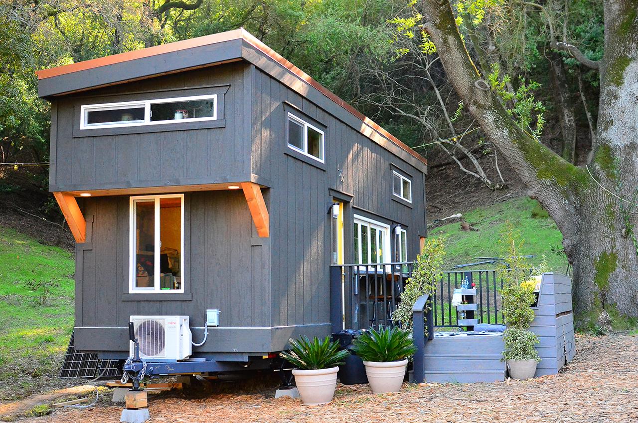 Tiny Party House