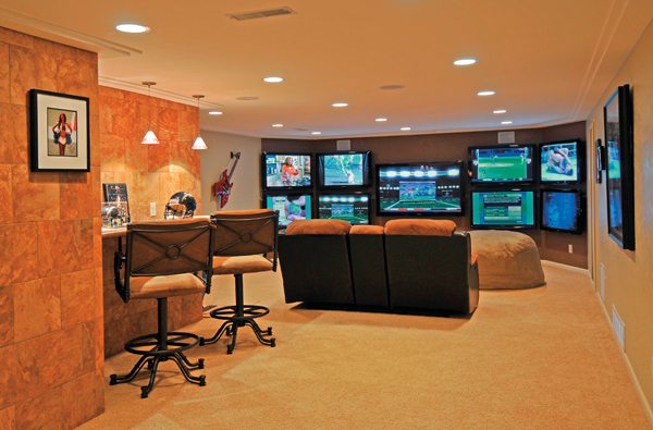 50 best man cave ideas and designs for 2017 - Small space man cave model ...