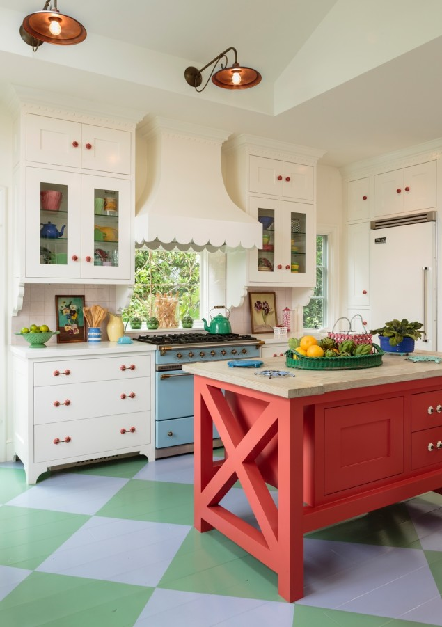 46 best white kitchen cabinet ideas for 2016 for Country kitchen santa monica