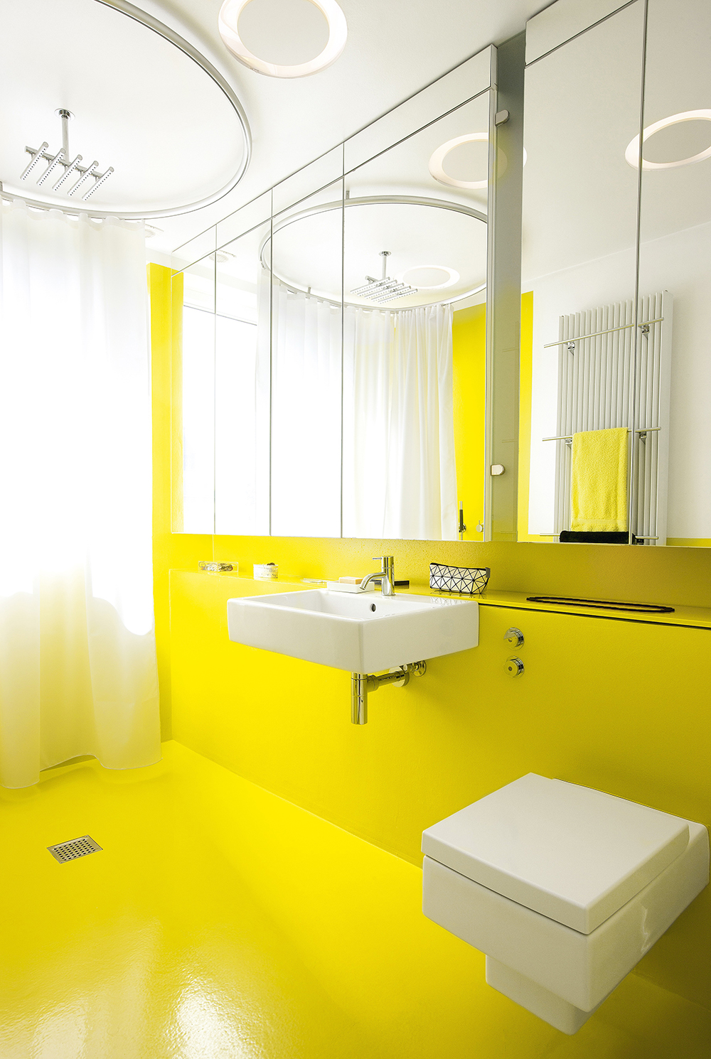50 best wet room design ideas for 2016 for Yellow bathroom decor