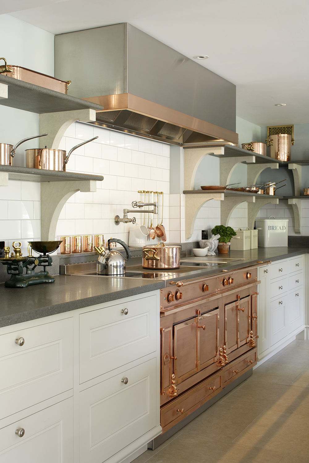 46 best white kitchen cabinet ideas and designs decor10 blog for Best looking kitchen cabinets