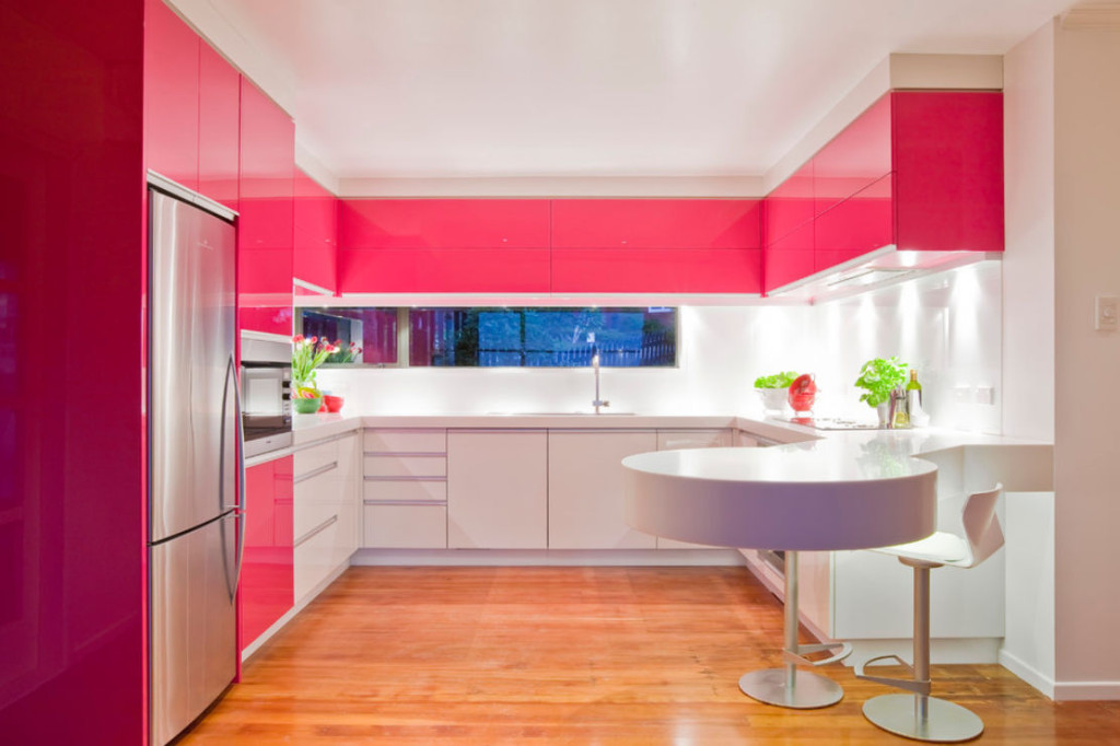 daring and bold modern kitchen cabinet idea