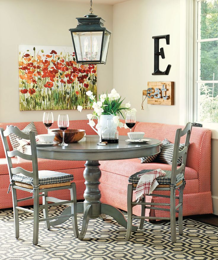 14 right at home - Breakfast Nook Ideas