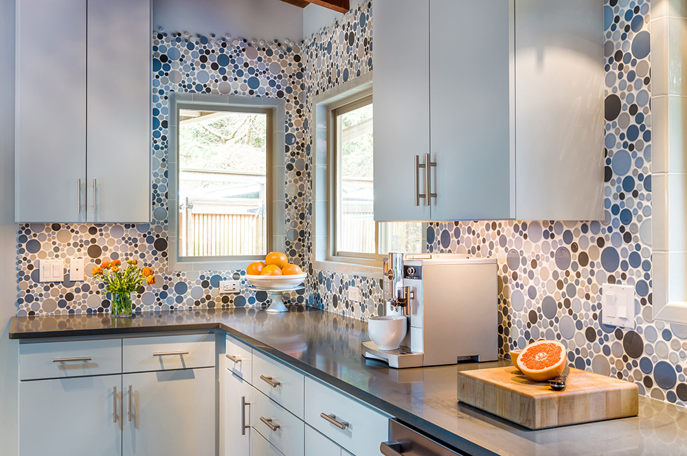 18 Unique Kitchen Backsplash Design Ideas - Style Motivation on wall tiles for unique kitchen, unique shelves for kitchen, unique kitchen backsplash materials, unique light fixtures for kitchen, unique color for kitchen, unique kitchen designs, unique kitchen backsplash home decor, unique cabinet for kitchen, unique sinks for kitchen, unique wallpaper for kitchen, unique lighting for kitchen,
