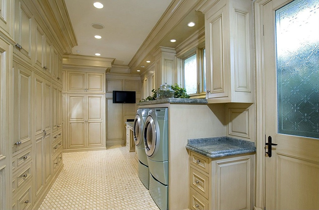 50 best laundry room design ideas for 2018 for House plans with large laundry room