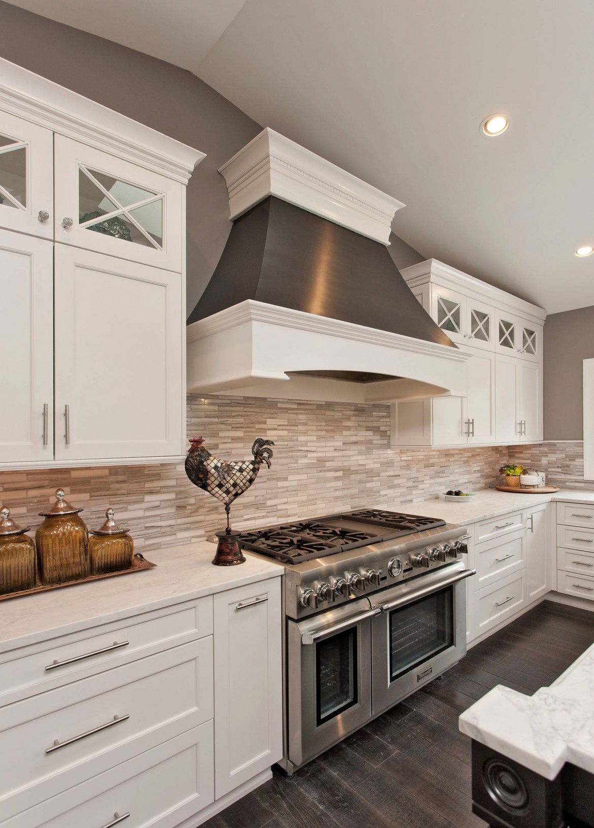 White Kitchen Cabinets With Gold Hardware And Back Splash