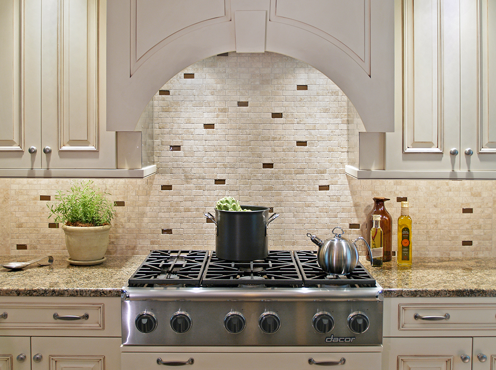 50 best kitchen backsplash ideas for 2016 for Classic kitchen backsplash ideas