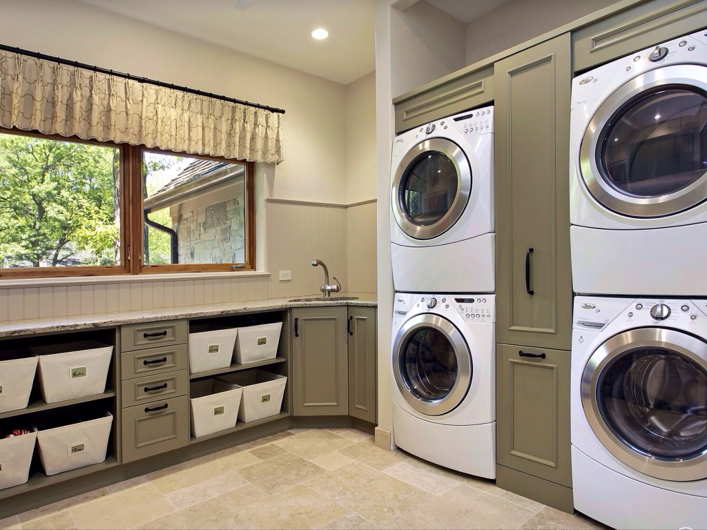 50 best laundry room design ideas for 2016 for Laundry room floor ideas