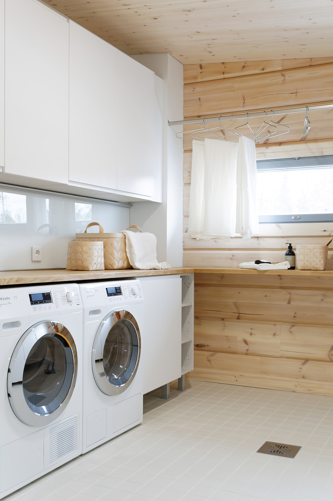 Classic, Clean And Swedish Laundry Room Design