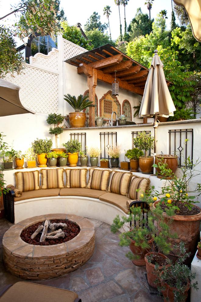 50 best patio ideas for design inspiration for 2017 for Gemauerte outdoorkuchen