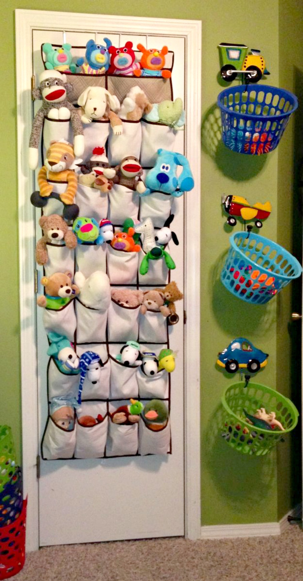 Kids room is the messiest place. It;s really risky, Kids can get injured due to shattering toys. Even children are not good at sorting their toy, it can grapes more space and look weatherlyp.gq for Sharing this toy storage solution.