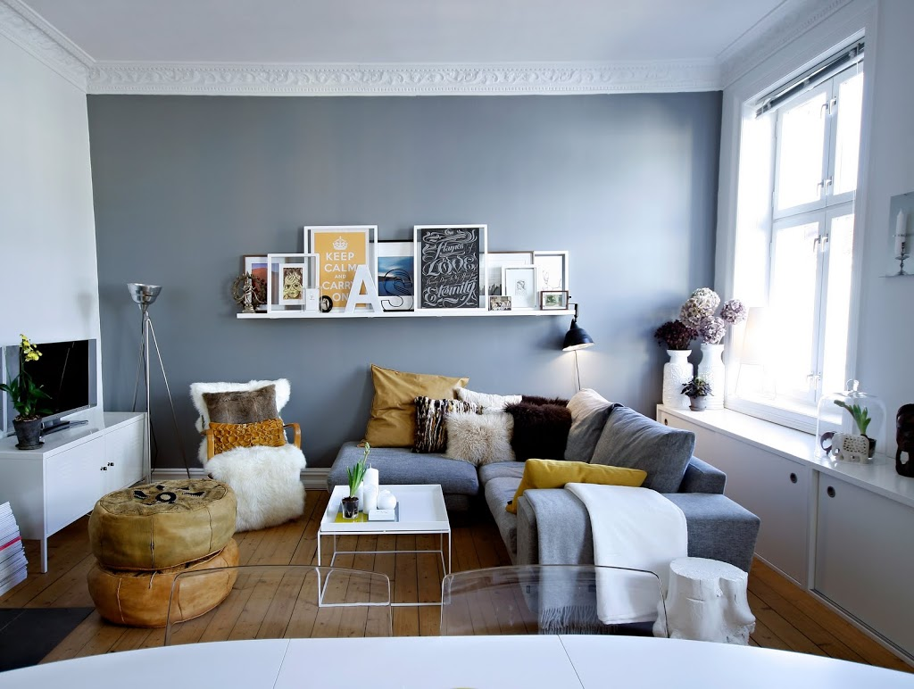 The Fine Line. Source: Melodijolola.com. This Next Room Illustrates Why  Decorating A Small ...