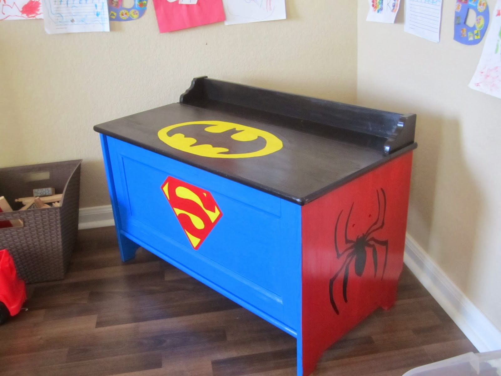 Beautiful Super Toy Box