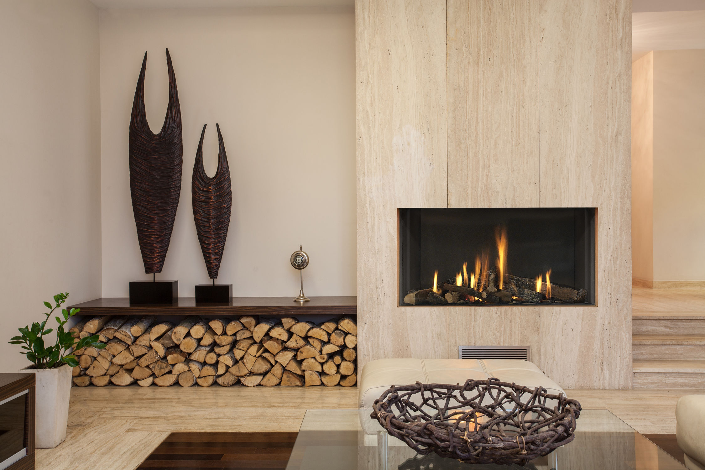 10 wood paneled column - Modern Fireplace Design Ideas