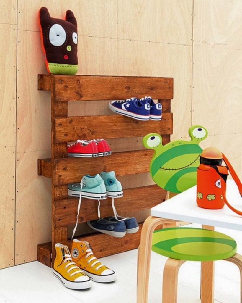 Необычные полочки для обуви своими руками
