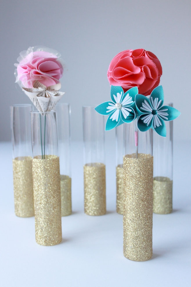 Colorful DIY glitter vase decoration