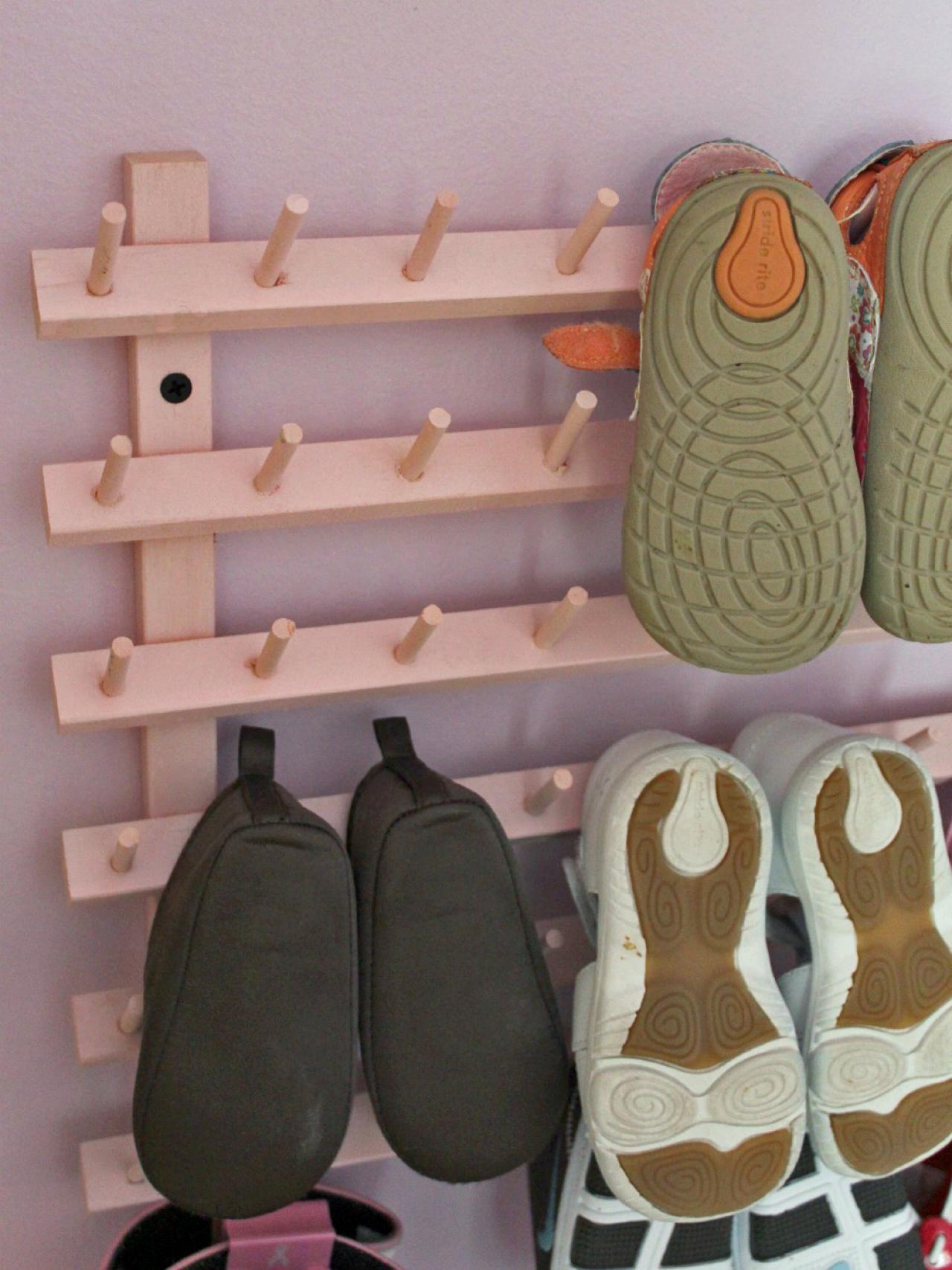 Wooden Shoe Hanging Hooks
