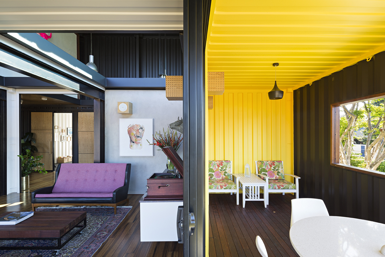 shipping-container-homes-14