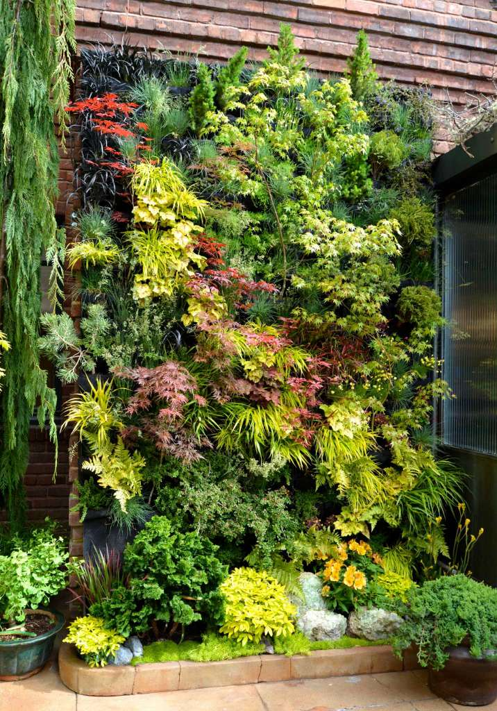Vertical Gardening Ideas 6 repurpose old items for a fresh new look 4 Create A Living Wall Of Leaves