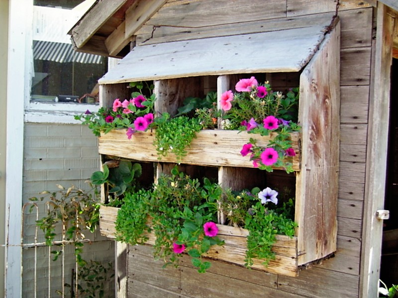 Vertical Gardening Ideas balcony vertical garden 3 6 Repurpose Old Items For A Fresh New Look
