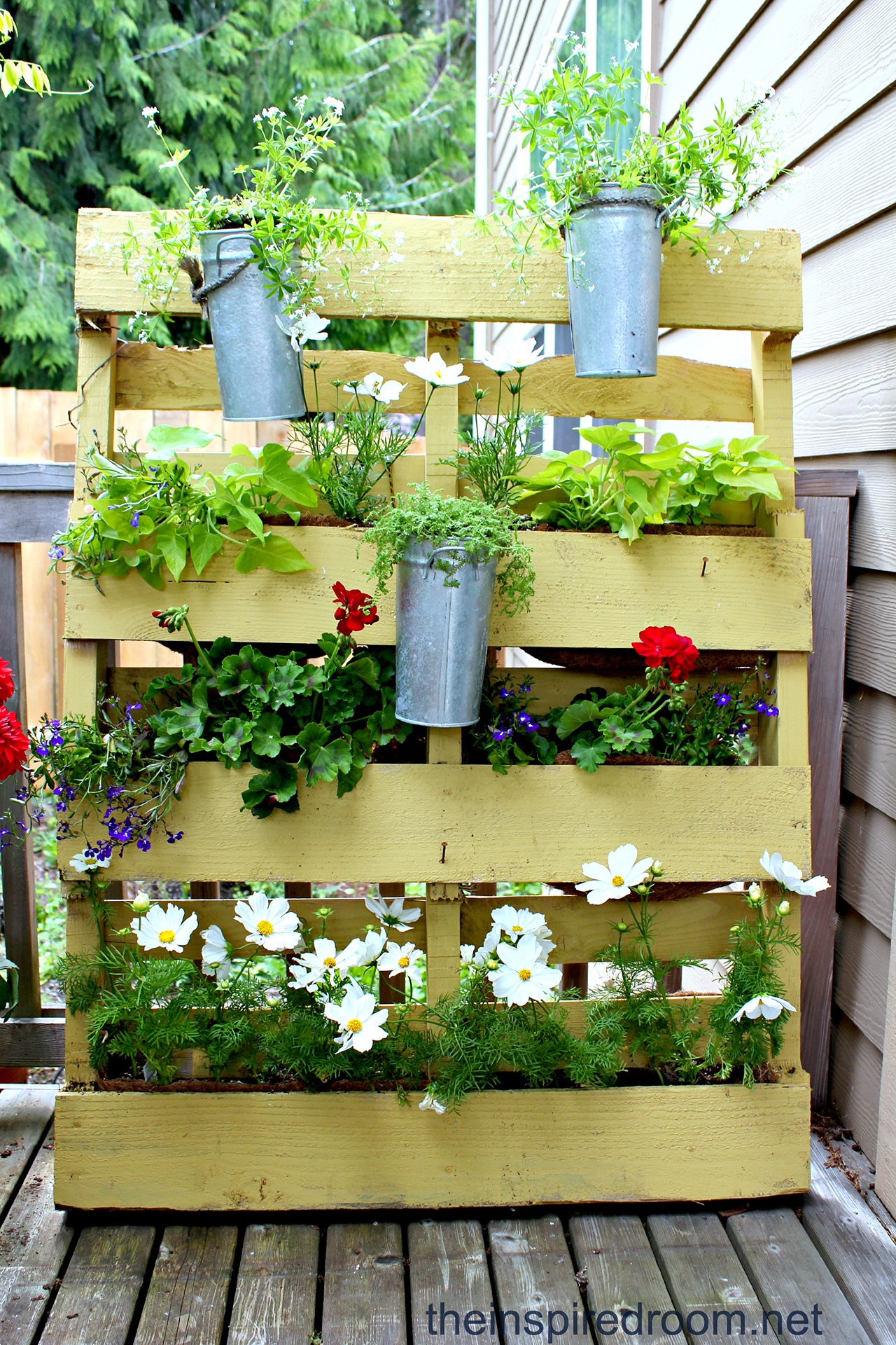 High Quality Take Pallet Gardening Vertical With This Simple Design