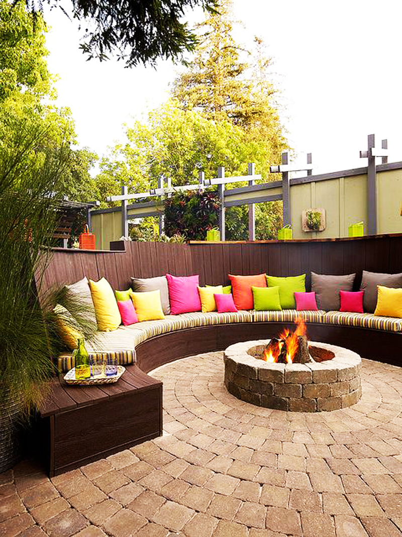 Fire Pit Design Ideas backyard patio ideas with fire pit 10 Snap Crackle And Pop Of Color